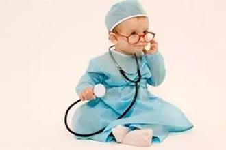 容易诱发儿童白癜风的病因是什么